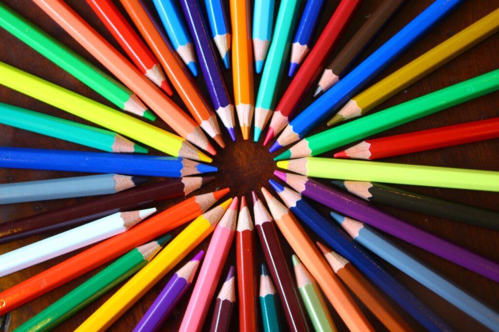 shape, color of lead, pencil